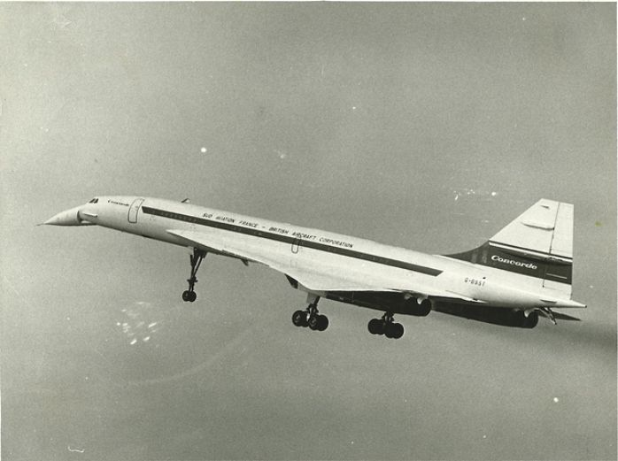 Concorde's maiden flight, 16th October 1969 (British Trade & Technical Picture Service)