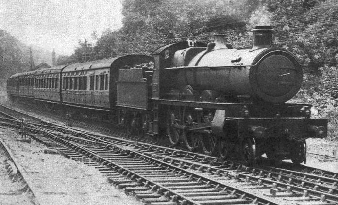 GWR 4-6-0 Albion, no. 2971, descending Dainton Bank with the Penzance - Aberdeen service. (source O.S. Nock, The GWR Stars, Castles and Kings, pt 1, Newton Abbot 1967)
