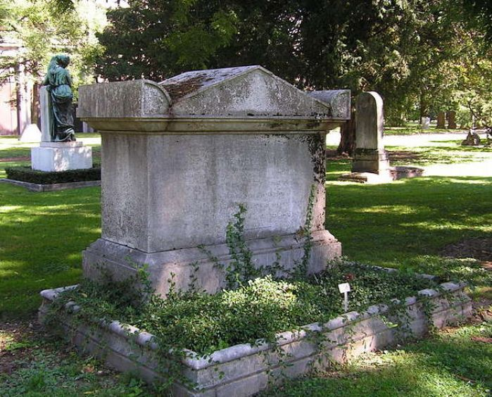 The grave of Sir Humphry Davy, in Geneva