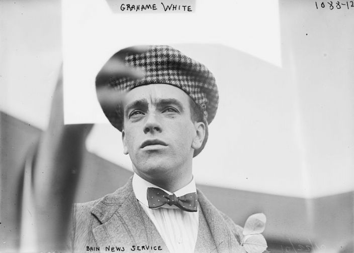 Claude Grahame-White in 1910 (George Grantham Bain Collection at the Library of Congress, public domain via Wikipedia)
