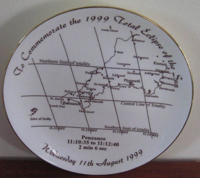 Commemorative plate showing west Cornwall and the line of totality of the 1999 total eclipse (collection of Carrie Baker)