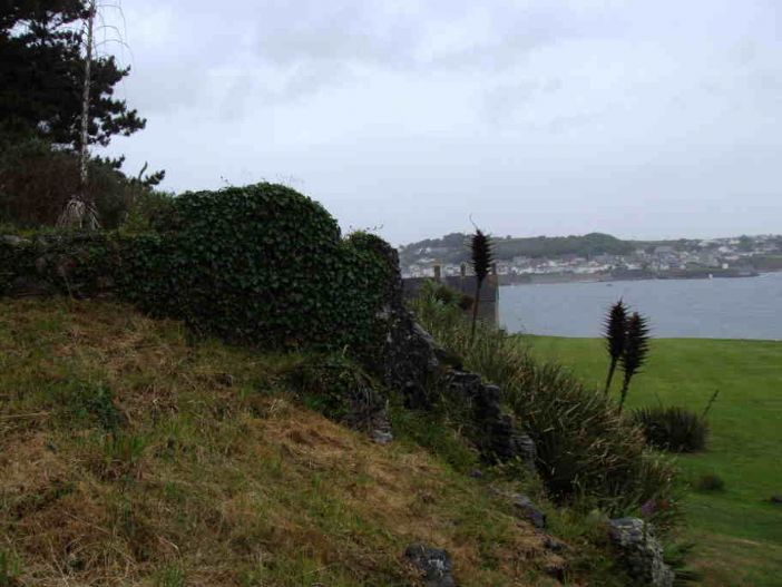 Traces of early modern fortifications possibly connected with the siege (photo: Dawn Walker)
